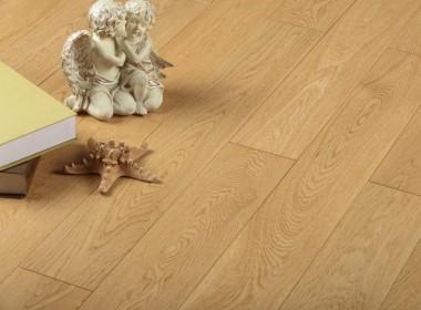 柞木多层地板本色